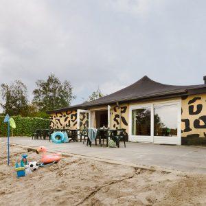Groepsjungalow Plus in vakantiepark Beekse Bergen