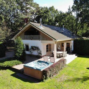 Unieke topvilla in Garderen prachtige natuur–wild–rust– luxe-jacuzzi-sauna